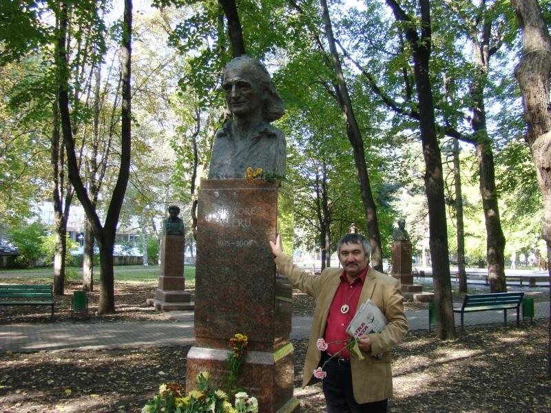 "Festivalul Internaţional de Poezie ""Grigore Vieru""-Iasi si Chisinau- editia 2010  Chisin29"