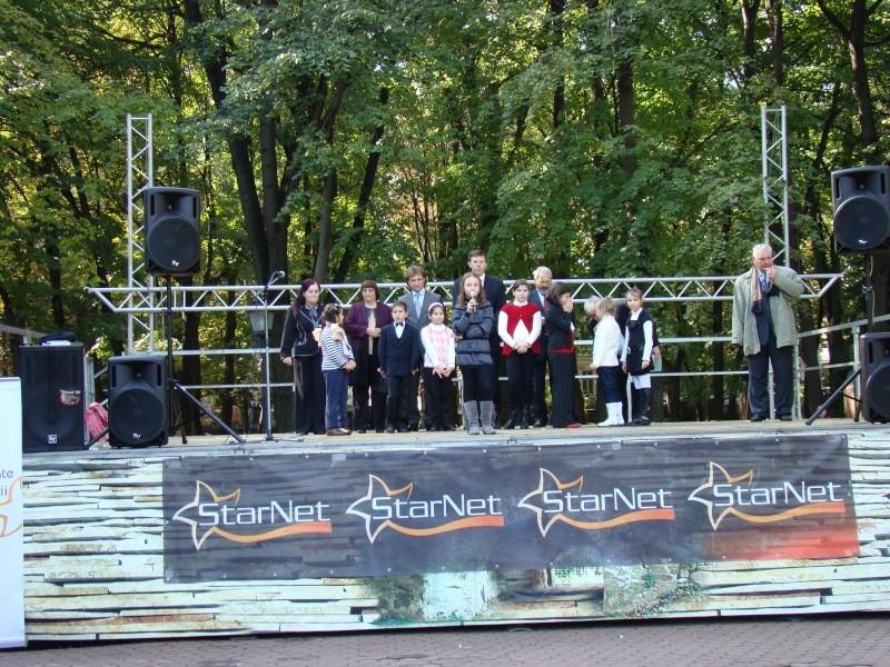 "Festivalul Internaţional de Poezie ""Grigore Vieru""-Iasi si Chisinau- editia 2010  Chisin34"