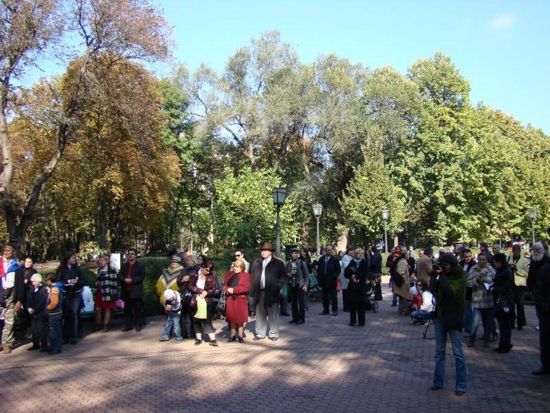 "Festivalul Internaţional de Poezie ""Grigore Vieru""-Iasi si Chisinau- editia 2010  Chisin36"