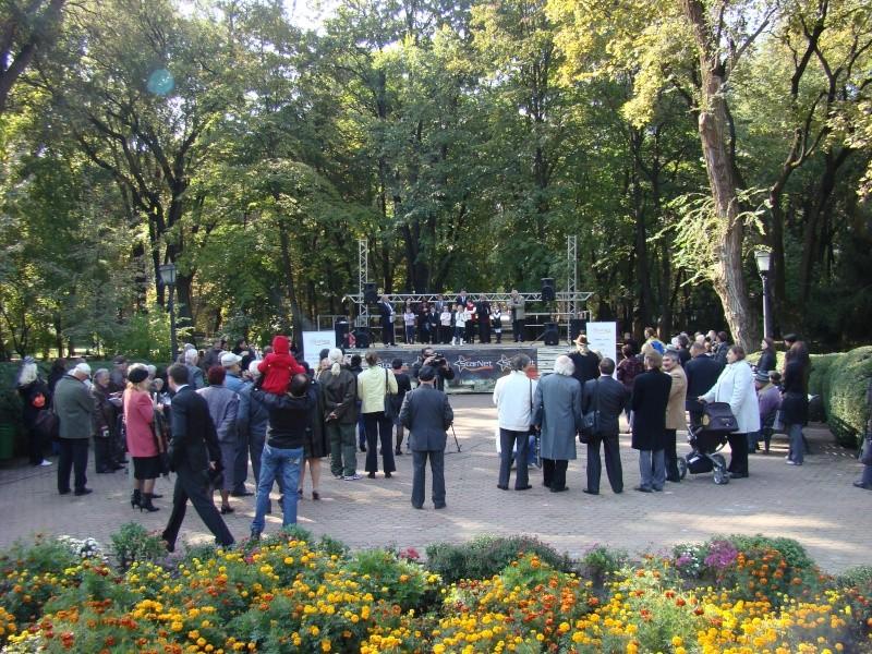 "Festivalul Internaţional de Poezie ""Grigore Vieru""-Iasi si Chisinau- editia 2010  Chisin37"