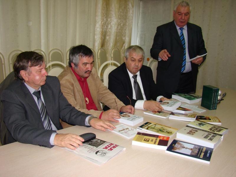 "Festivalul Internaţional de Poezie ""Grigore Vieru""-Iasi si Chisinau- editia 2010  Chisin45"
