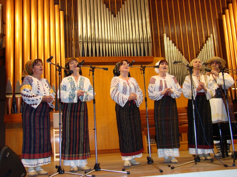 "Festivalul Internaţional de Poezie ""Grigore Vieru""-Iasi si Chisinau- editia 2010  Chisin57"