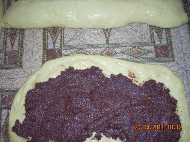 Cozonacul, pasca si placintele moldovenesti Cozona28