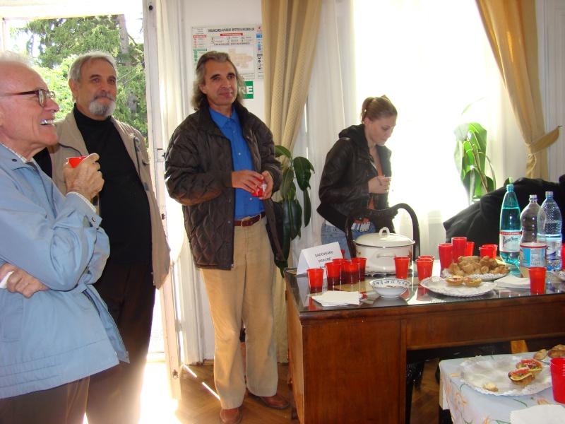 11 septembrie 2010 -Sedinta a V-a a Cenaclului U.P-Lansare de carte-Treizeci si cinci-Ovidiu Raul Vasiliu Dsc00112