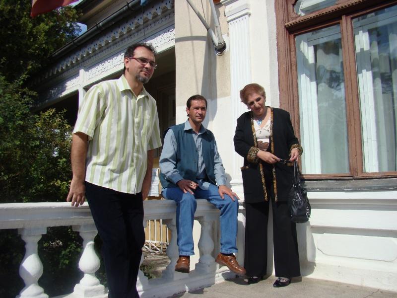 11 septembrie 2010 -Sedinta a V-a a Cenaclului U.P-Lansare de carte-Treizeci si cinci-Ovidiu Raul Vasiliu Dsc00212