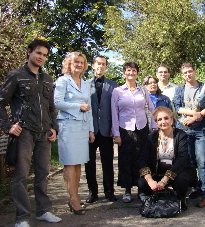 11 septembrie 2010 -Sedinta a V-a a Cenaclului U.P-Lansare de carte-Treizeci si cinci-Ovidiu Raul Vasiliu Dsc00215