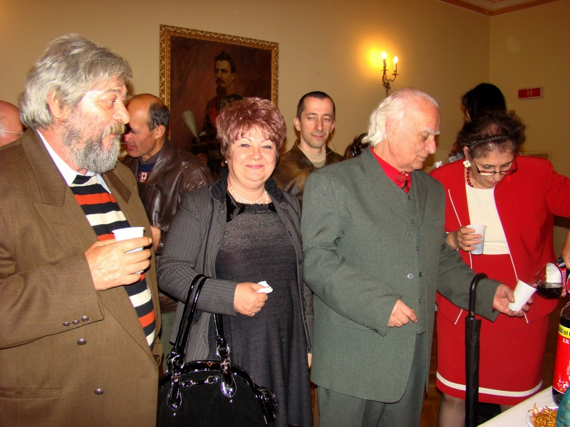 Scriitorul şi cărţile sale-Emilian Marcu-08 octombrie 2010 Dsc00227