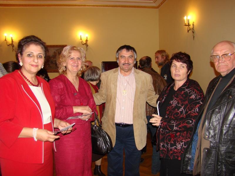 Scriitorul şi cărţile sale-Emilian Marcu-08 octombrie 2010 Dsc00232