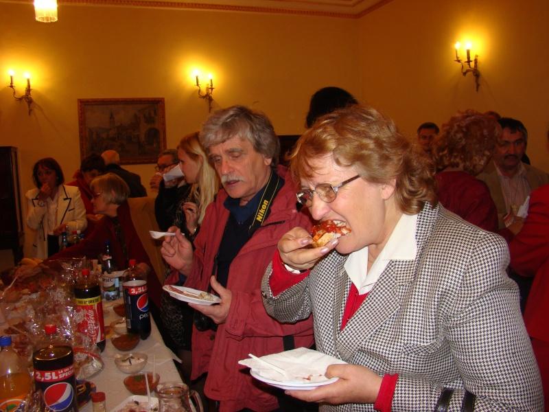 Scriitorul şi cărţile sale-Emilian Marcu-08 octombrie 2010 Dsc00248