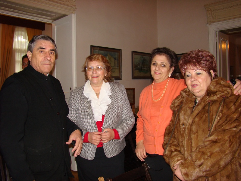 09 octombrie 2010 - Sedinta a VI-a a Cenaclului Universul Prieteniei Dsc00258