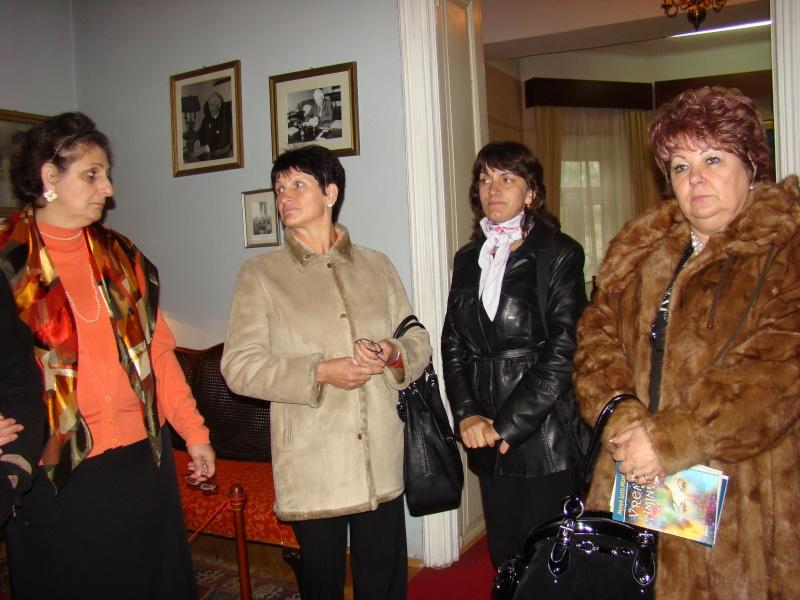 09 octombrie 2010 - Sedinta a VI-a a Cenaclului Universul Prieteniei Dsc00331