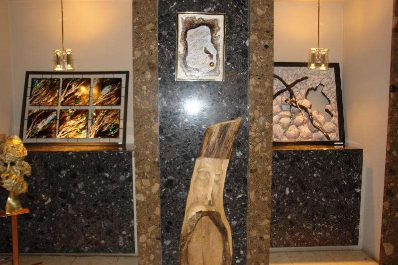 Vernisaj expozitie de pictura si sculptura -Liliana Nastas Brătescu/Ioan Croitor Brădescu-Dialog Metaforic-9-19 iunie 2011 Brasov Dsc05612