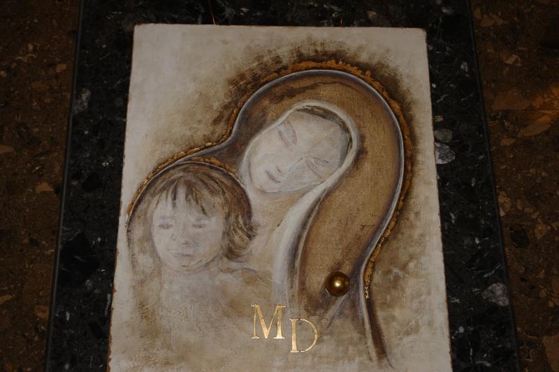 Vernisaj expozitie de pictura si sculptura -Liliana Nastas Brătescu/Ioan Croitor Brădescu-Dialog Metaforic-9-19 iunie 2011 Brasov Dsc05617