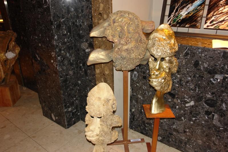 Vernisaj expozitie de pictura si sculptura -Liliana Nastas Brătescu/Ioan Croitor Brădescu-Dialog Metaforic-9-19 iunie 2011 Brasov Dsc05618
