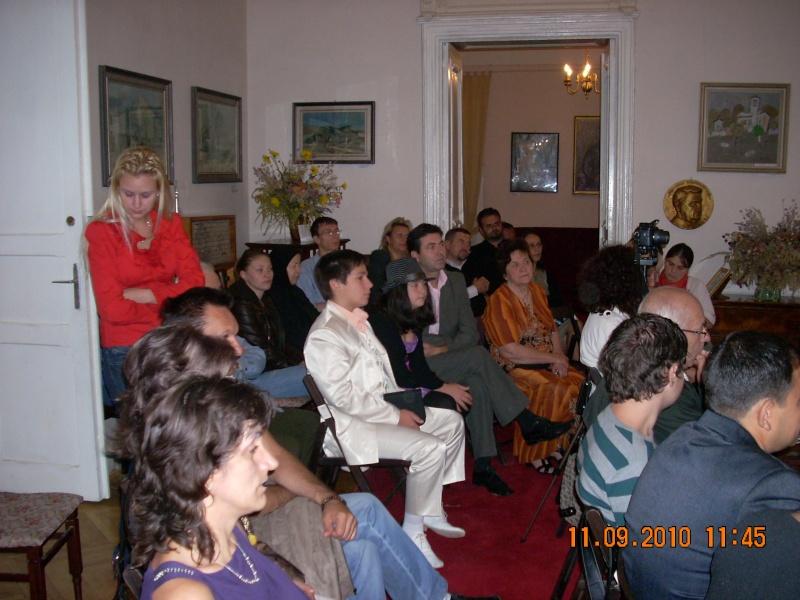 11 septembrie 2010 -Sedinta a V-a a Cenaclului U.P-Lansare de carte-Treizeci si cinci-Ovidiu Raul Vasiliu Dscn3512