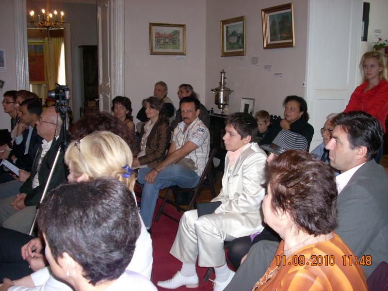 11 septembrie 2010 -Sedinta a V-a a Cenaclului U.P-Lansare de carte-Treizeci si cinci-Ovidiu Raul Vasiliu Dscn3514