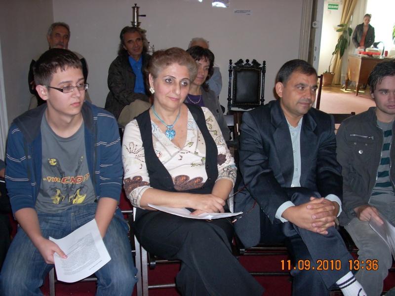 11 septembrie 2010 -Sedinta a V-a a Cenaclului U.P-Lansare de carte-Treizeci si cinci-Ovidiu Raul Vasiliu Dscn3516