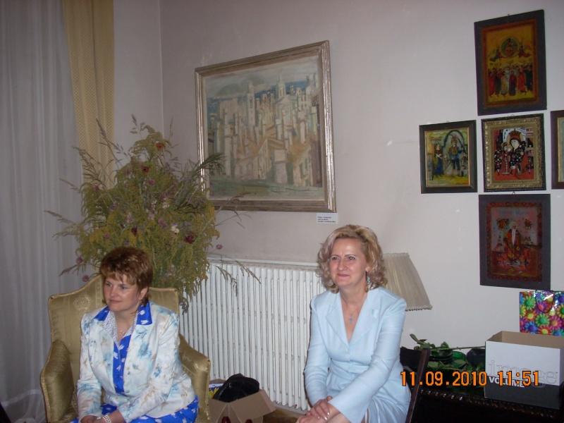 11 septembrie 2010 -Sedinta a V-a a Cenaclului U.P-Lansare de carte-Treizeci si cinci-Ovidiu Raul Vasiliu Dscn3520