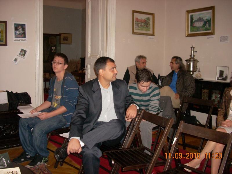 11 septembrie 2010 -Sedinta a V-a a Cenaclului U.P-Lansare de carte-Treizeci si cinci-Ovidiu Raul Vasiliu Dscn3522
