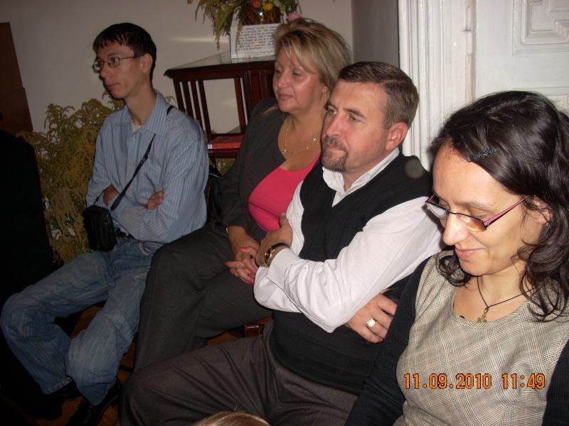 11 septembrie 2010 -Sedinta a V-a a Cenaclului U.P-Lansare de carte-Treizeci si cinci-Ovidiu Raul Vasiliu Dscn3524