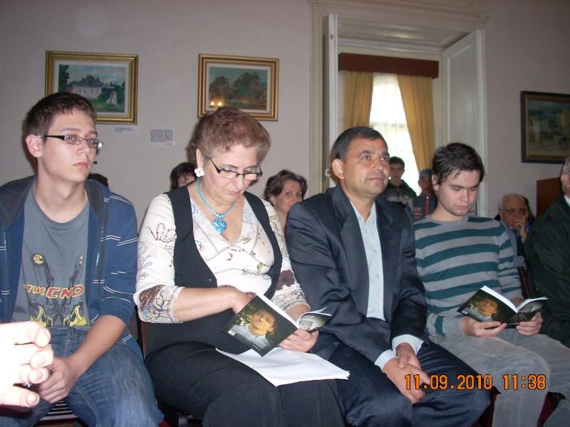 11 septembrie 2010 -Sedinta a V-a a Cenaclului U.P-Lansare de carte-Treizeci si cinci-Ovidiu Raul Vasiliu Dscn3526