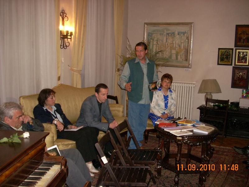 11 septembrie 2010 -Sedinta a V-a a Cenaclului U.P-Lansare de carte-Treizeci si cinci-Ovidiu Raul Vasiliu Dscn3527
