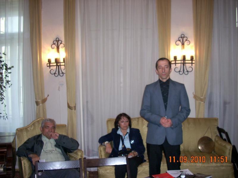 11 septembrie 2010 -Sedinta a V-a a Cenaclului U.P-Lansare de carte-Treizeci si cinci-Ovidiu Raul Vasiliu Dscn3528