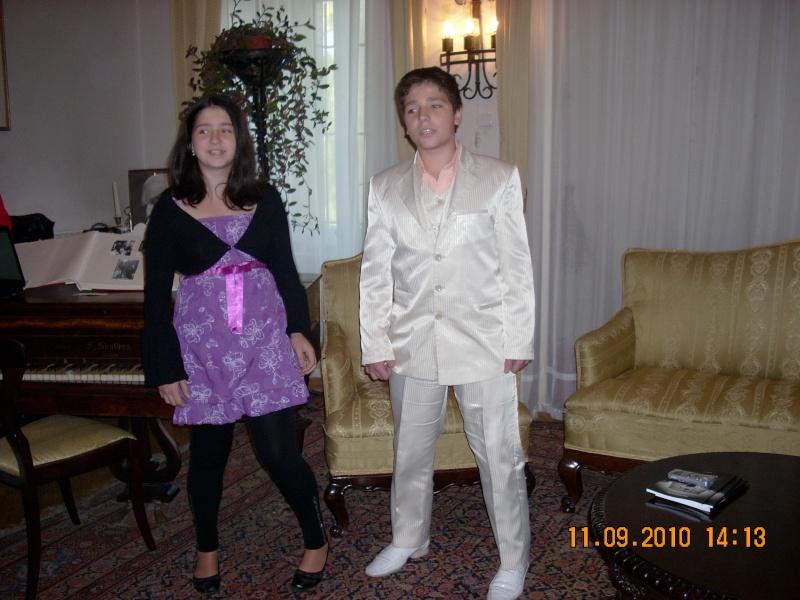 11 septembrie 2010 -Sedinta a V-a a Cenaclului U.P-Lansare de carte-Treizeci si cinci-Ovidiu Raul Vasiliu Dscn3530