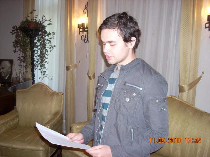 11 septembrie 2010 -Sedinta a V-a a Cenaclului U.P-Lansare de carte-Treizeci si cinci-Ovidiu Raul Vasiliu Dscn3534