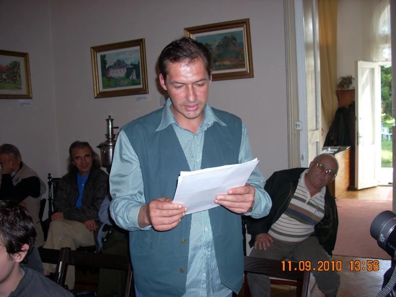 11 septembrie 2010 -Sedinta a V-a a Cenaclului U.P-Lansare de carte-Treizeci si cinci-Ovidiu Raul Vasiliu Dscn3537