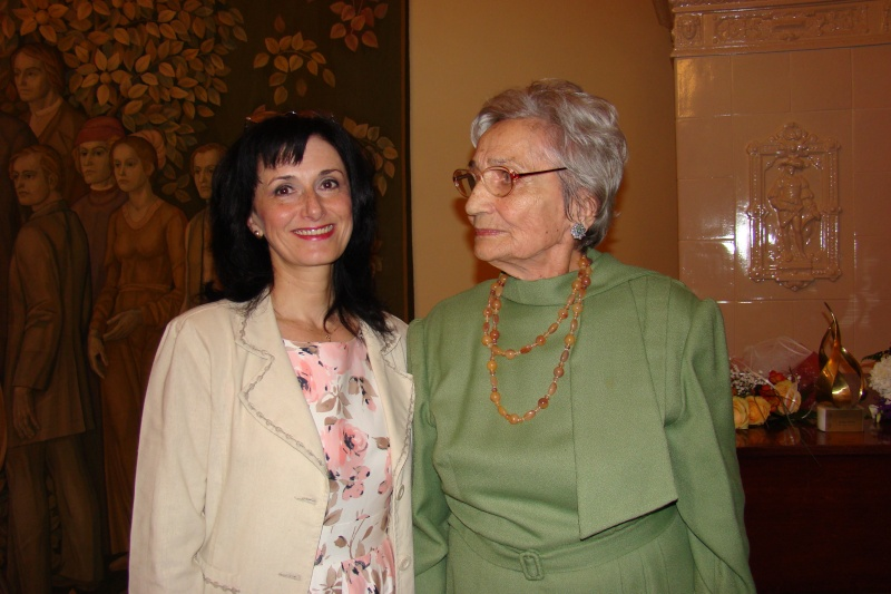 Emilia Pavel-60 de ani de etnografie şi 86 de ani de viaţă Emilia49