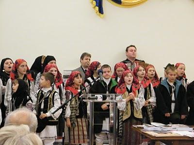 """Festivalul Internaţional de Poezie """"Grigore Vieru""""-Iasi si Chisinau- editia 2010  Festiv11"""