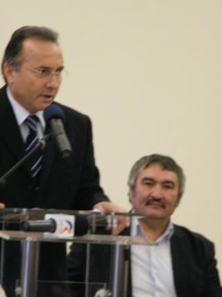 """Festivalul Internaţional de Poezie """"Grigore Vieru""""-Iasi si Chisinau- editia 2010  Festiv16"""