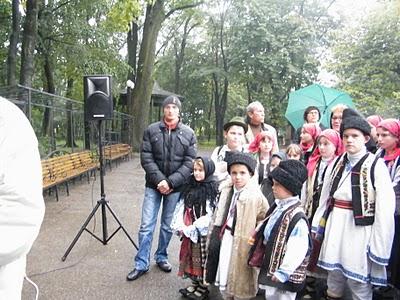 """Festivalul Internaţional de Poezie """"Grigore Vieru""""-Iasi si Chisinau- editia 2010  Festiv17"""
