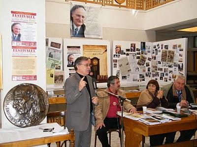 """Festivalul Internaţional de Poezie """"Grigore Vieru""""-Iasi si Chisinau- editia 2010  Festiv23"""