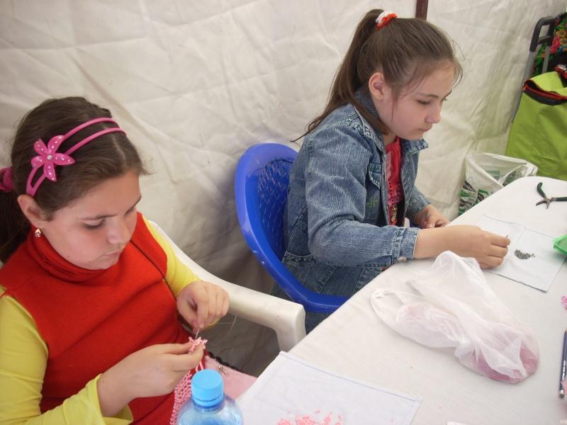 Targul de arta ceramica Cucuteni si al mestesugarilor de la Iasi-1/3 iulie 2011 Floare14