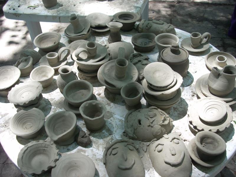 Targul de arta ceramica Cucuteni si al mestesugarilor de la Iasi-1/3 iulie 2011 Floare26
