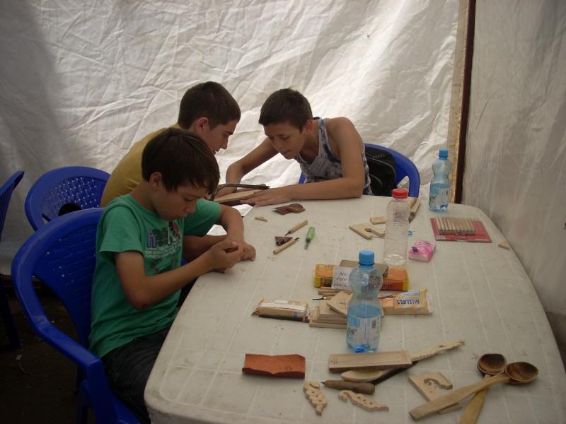Targul de arta ceramica Cucuteni si al mestesugarilor de la Iasi-1/3 iulie 2011 Floare32