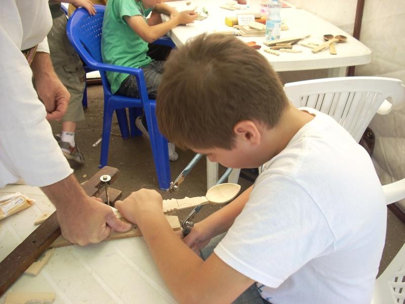 Targul de arta ceramica Cucuteni si al mestesugarilor de la Iasi-1/3 iulie 2011 Floare34