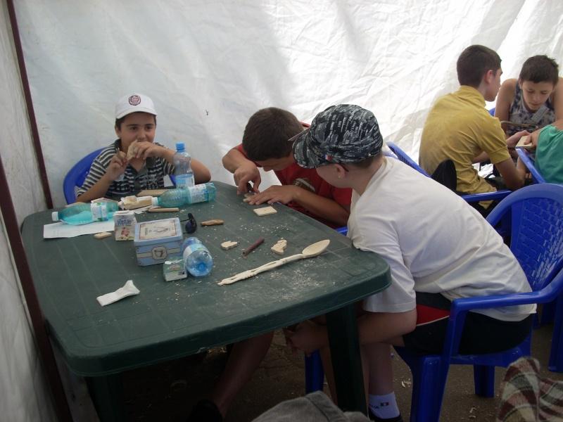 Targul de arta ceramica Cucuteni si al mestesugarilor de la Iasi-1/3 iulie 2011 Floare35