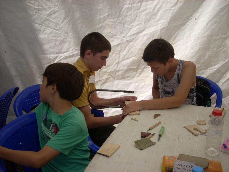 Targul de arta ceramica Cucuteni si al mestesugarilor de la Iasi-1/3 iulie 2011 Floare36