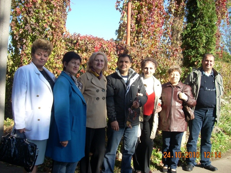 24 oct 2010-Plimbare la gradina botanica terminata la Pizzeria Domnească Gradin52