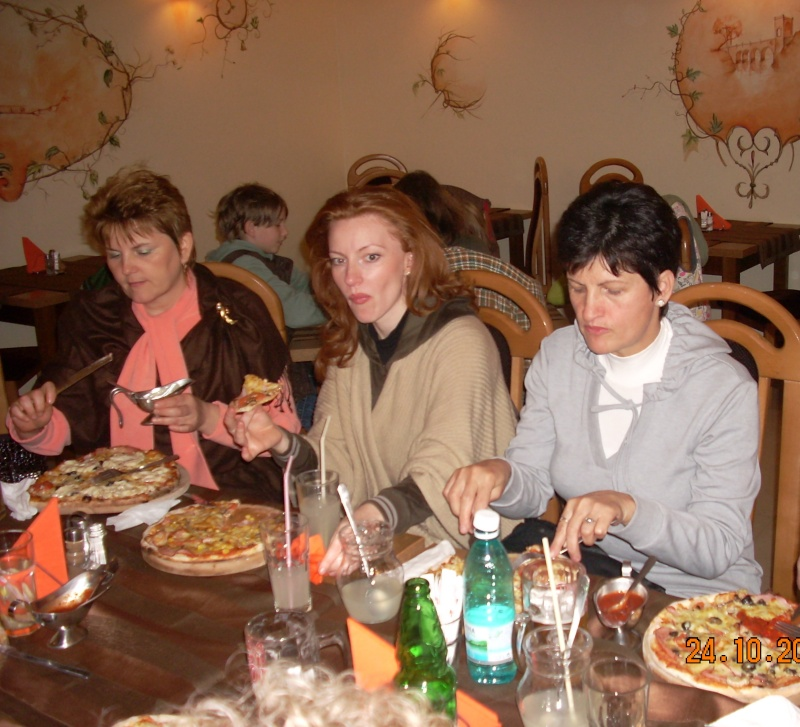 24 oct 2010-Plimbare la gradina botanica terminata la Pizzeria Domnească Gradin69