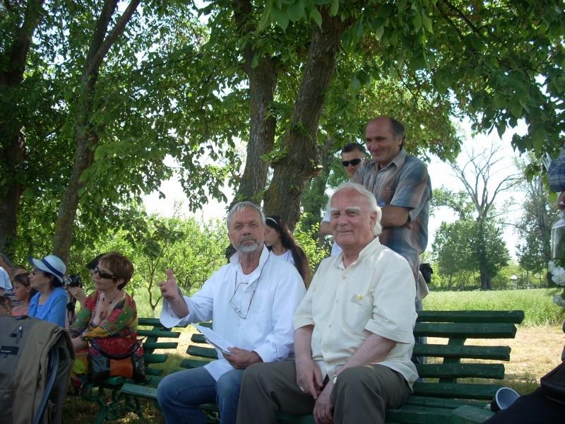 """""""ACASĂ LA FAMILIA NEGRUZZI""""- Muzeul """"C. Negruzzi"""" din Hermeziu, comuna Trifeşti-duminica 22 mai 2011 Hermez22"""
