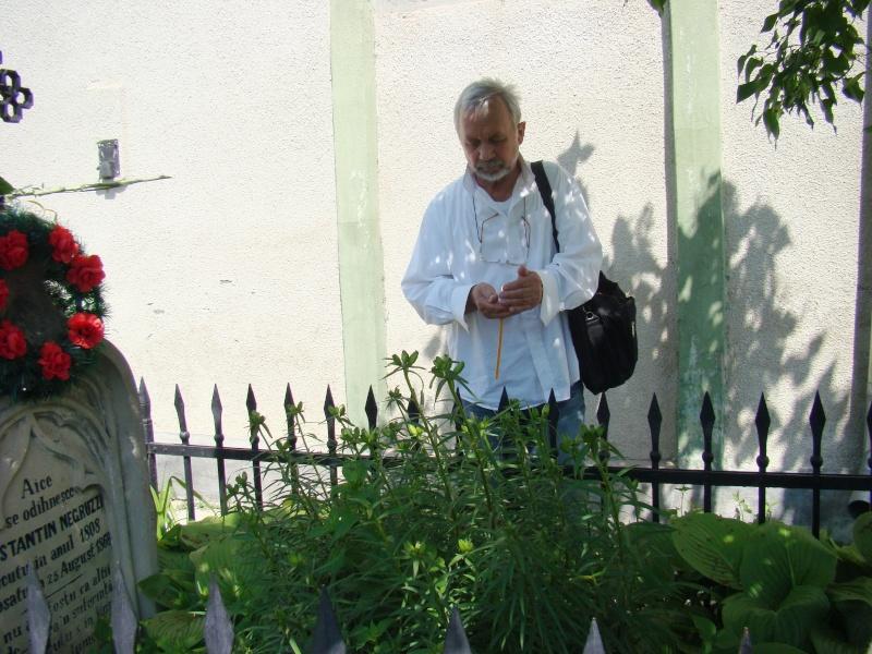 """""""ACASĂ LA FAMILIA NEGRUZZI""""- Muzeul """"C. Negruzzi"""" din Hermeziu, comuna Trifeşti-duminica 22 mai 2011 Hermez46"""