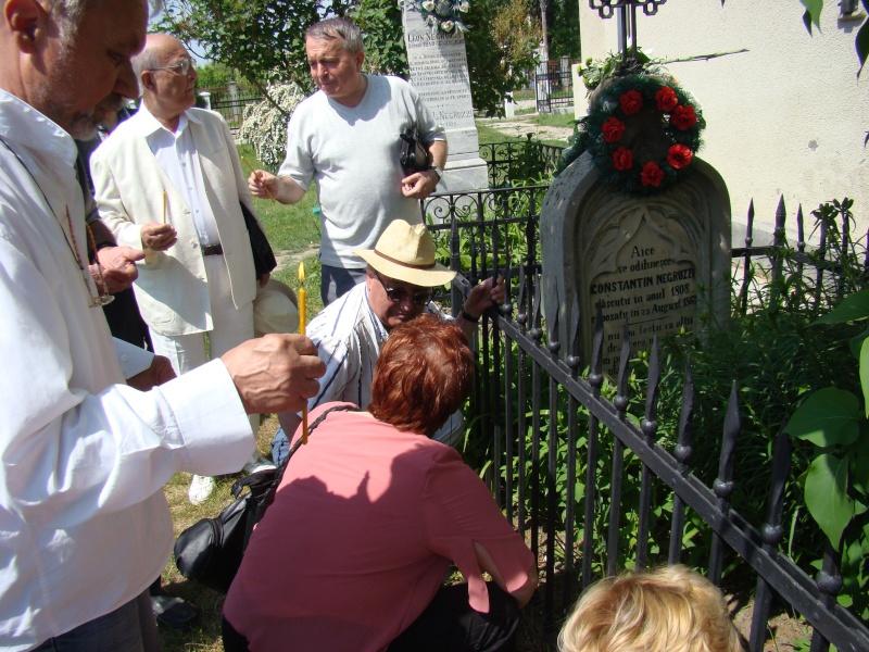 """""""ACASĂ LA FAMILIA NEGRUZZI""""- Muzeul """"C. Negruzzi"""" din Hermeziu, comuna Trifeşti-duminica 22 mai 2011 Hermez48"""