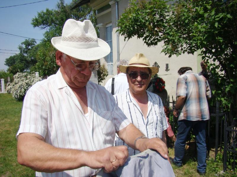 """""""ACASĂ LA FAMILIA NEGRUZZI""""- Muzeul """"C. Negruzzi"""" din Hermeziu, comuna Trifeşti-duminica 22 mai 2011 Hermez49"""