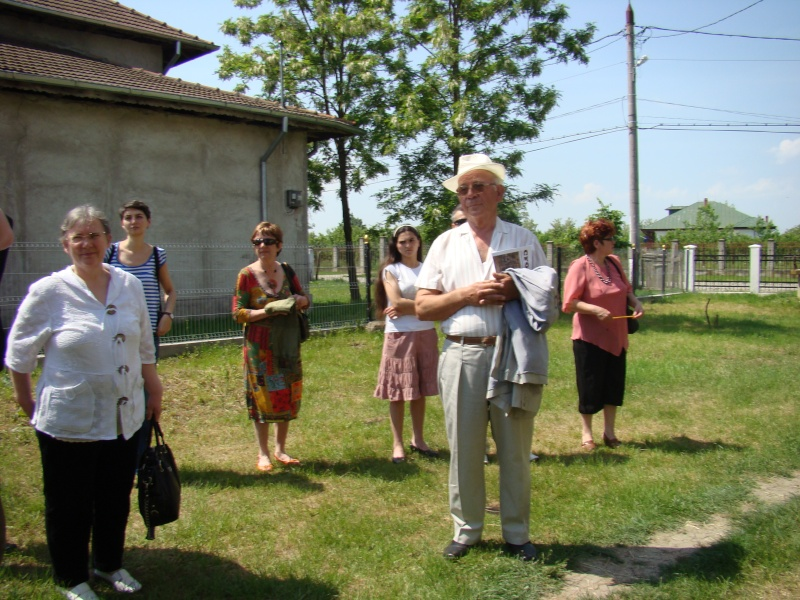 """""""ACASĂ LA FAMILIA NEGRUZZI""""- Muzeul """"C. Negruzzi"""" din Hermeziu, comuna Trifeşti-duminica 22 mai 2011 Hermez52"""