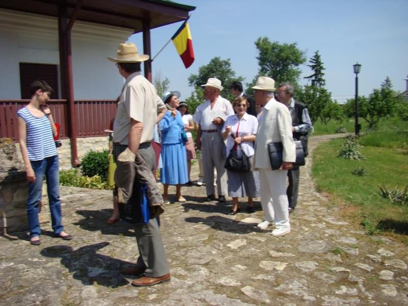 """""""ACASĂ LA FAMILIA NEGRUZZI""""- Muzeul """"C. Negruzzi"""" din Hermeziu, comuna Trifeşti-duminica 22 mai 2011 Hermez58"""