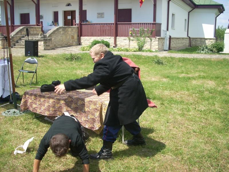 """""""ACASĂ LA FAMILIA NEGRUZZI""""- Muzeul """"C. Negruzzi"""" din Hermeziu, comuna Trifeşti-duminica 22 mai 2011 Hermez66"""